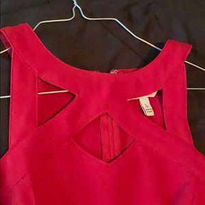 L Red dress